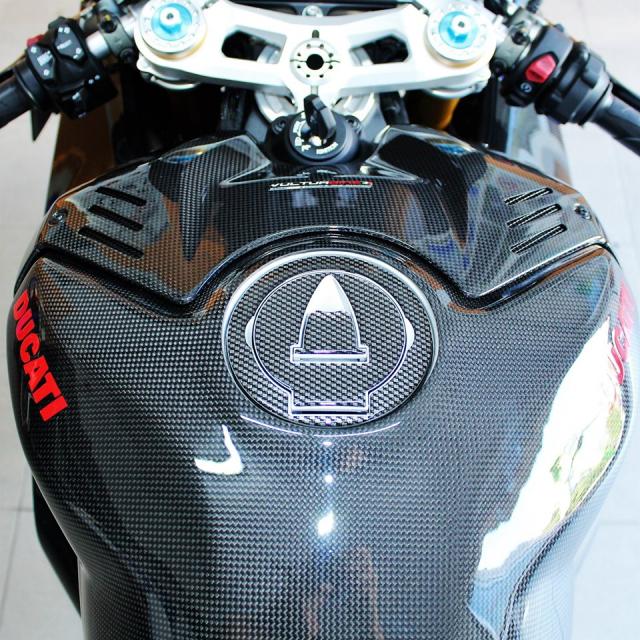 Can canh Quai vat Ducati Panigale V4 R trang bi full ao Carbon dep xuat sac - 8