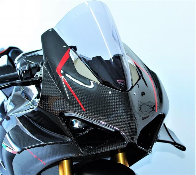 Can canh Quai vat Ducati Panigale V4 R trang bi full ao Carbon dep xuat sac - 4