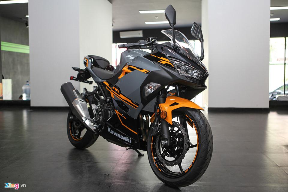 Kawasaki Ninja 400 ABS - doi thu cua Yamaha R3 gia tu 153 trieu o VN hinh anh 1