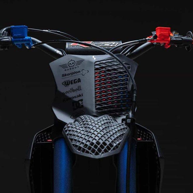 Cận cảnh chiếc mô tô địa hình Kawasaki KX 450 2019 bằng công nghệ in 3D Core - 12