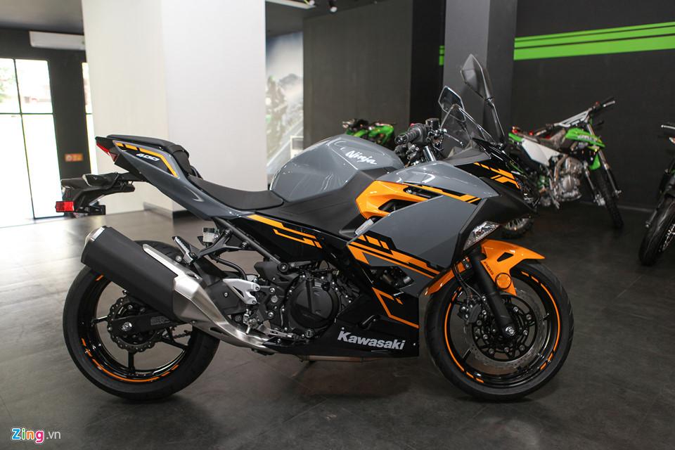 Kawasaki Ninja 400 ABS - doi thu cua Yamaha R3 gia tu 153 trieu o VN hinh anh 2