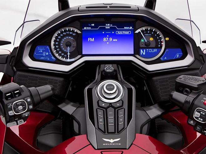 Honda Goldwing 2018 - the hien vi the