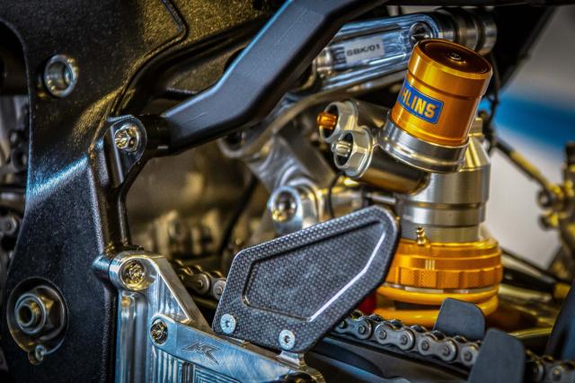 BMW Motorrad chinh thuc ra mat doi dua WSBK 2019 - 8