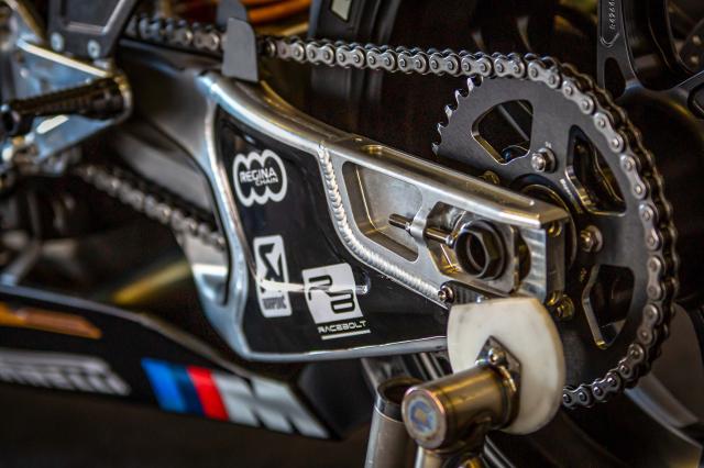 BMW Motorrad chinh thuc ra mat doi dua WSBK 2019 - 12