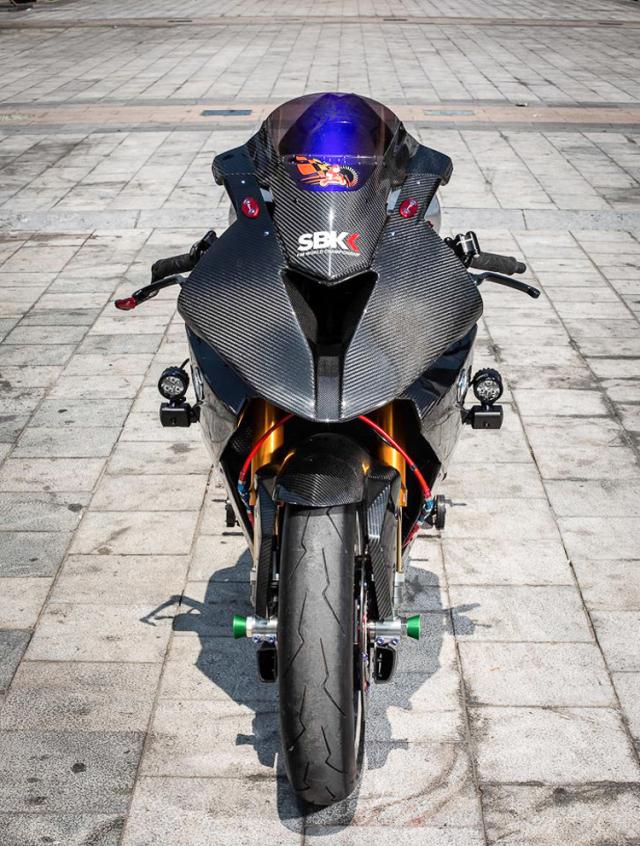 BMW S1000RR do banh cam doc nhat vo nhi cua Biker Can Tho - 4