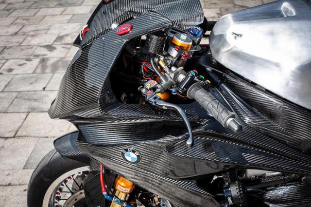 BMW S1000RR do banh cam doc nhat vo nhi cua Biker Can Tho - 9