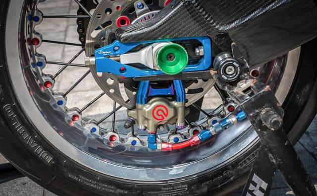 BMW S1000RR do banh cam doc nhat vo nhi cua Biker Can Tho - 12