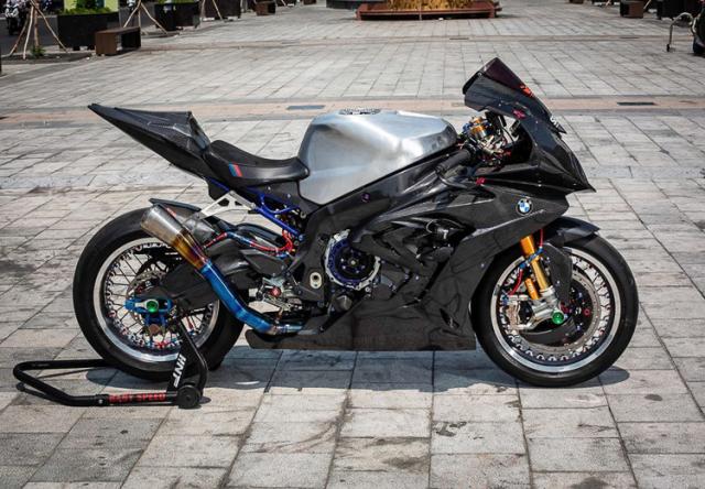 BMW S1000RR do banh cam doc nhat vo nhi cua Biker Can Tho - 15