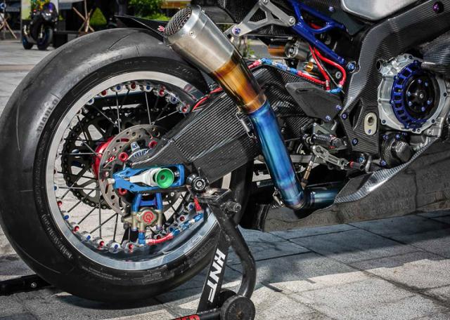 BMW S1000RR do banh cam doc nhat vo nhi cua Biker Can Tho - 18