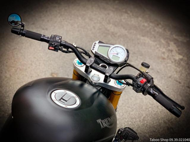 Triumph SpeedTriple 1050 do hut hon theo phong cach FlatTrack cua Biker Viet - 4
