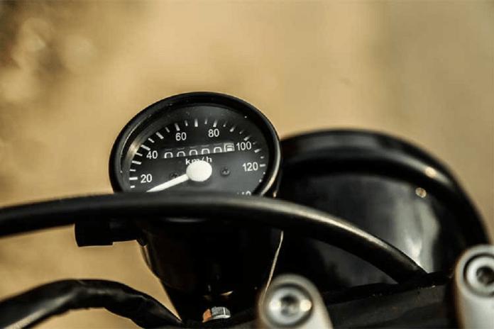 Đồng hồ vận tốc loại nhỏ gọn cho Suzuki GN125 tracker