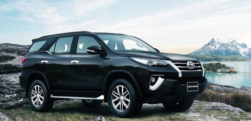 6 mẫu xe ô tô chạy dịch vụ tốt nhất tại Việt Nam: Xe Toyota chứng minh sức mạnh 5.