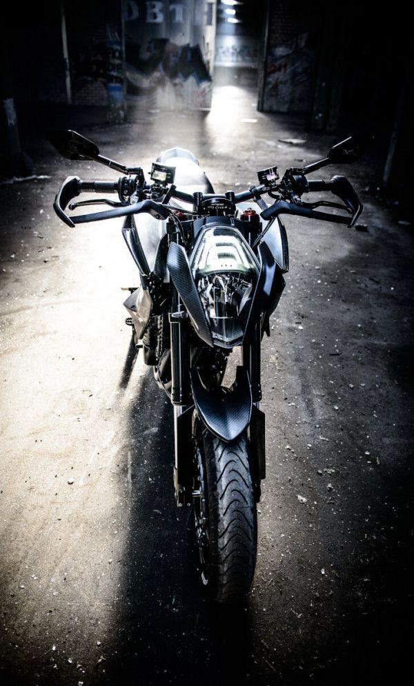 Husqvarna Nuda 900R Streetbike chính thức lộ diện