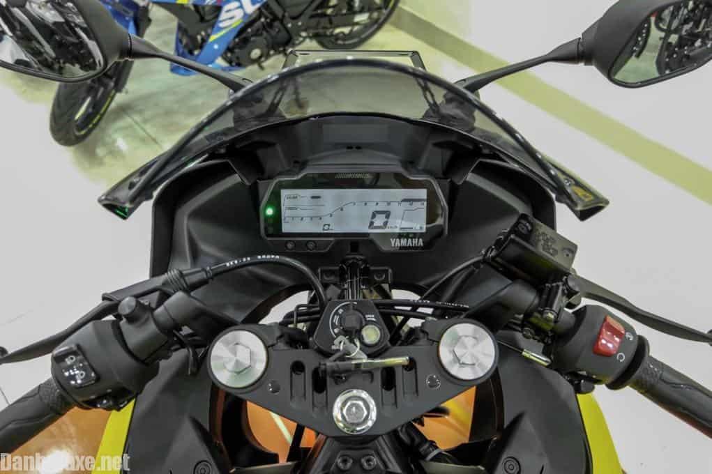 Yamaha R15, Yamaha R15 2018, Yamaha R15 2019, Yamaha, moto Yamaha, Sport Bike, xe moto gia re,