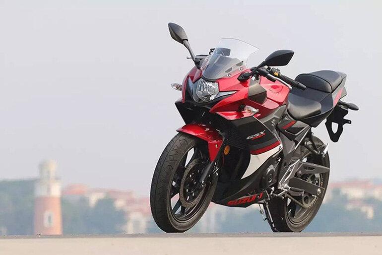 Mẫu moto giá dưới 300 triệu Suzuki GSX250R 2017 trẻ trung, năng động